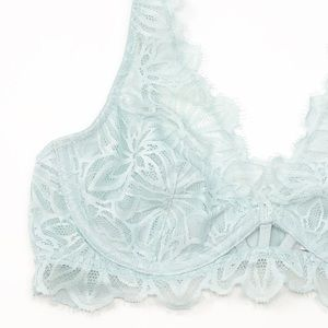 PINK Victoria's Secret Intimates & Sleepwear - PINK Victoria Secret Date Unlined Floral Lace Bra